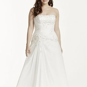 Wedding Gown ivory size 22 David's Bridal